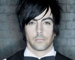 https://www.facebook.com/lostprophets/